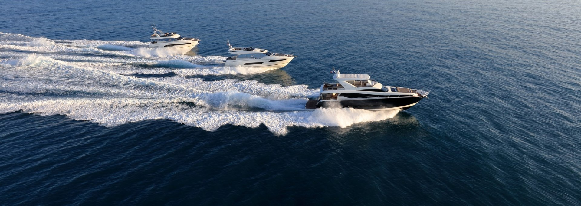 prestige-yachts-range_p630-p680s-p750-16