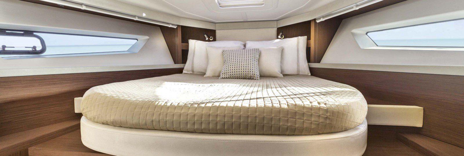 Beneteau Gran Turismo 40 master cabin