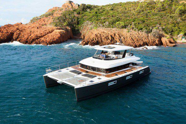 Lagoon 630 Motor Yacht in bay