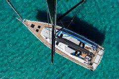 Oceanis Yacht 62 mast aerial