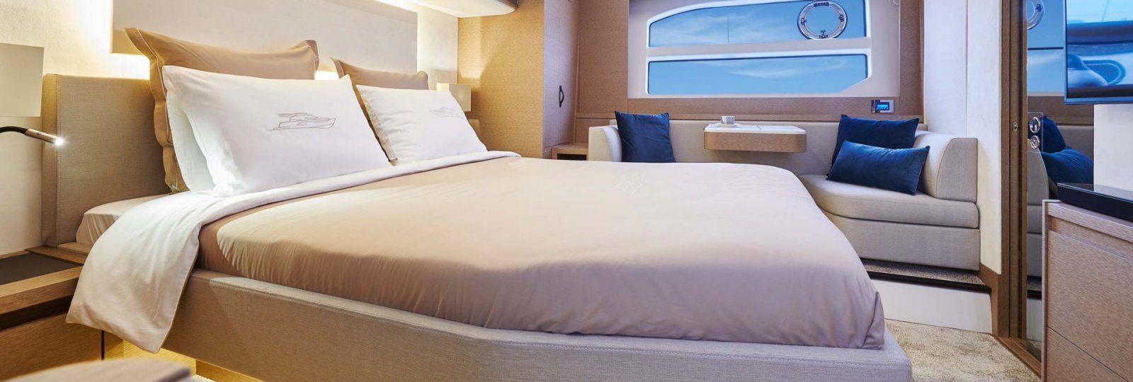 Prestige 590 Master cabin